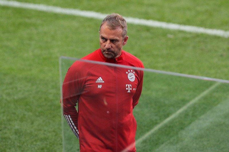Flick mengingatkan besok Bayern vs Barcelona, bukan Bayern vs Messi