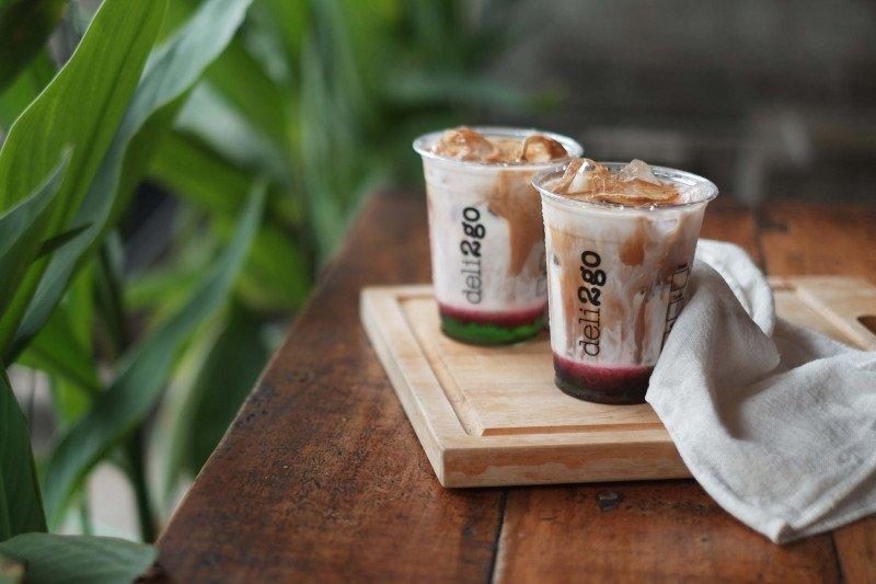 Es kopi pisang ijo untuk merayakan 17 Agustus