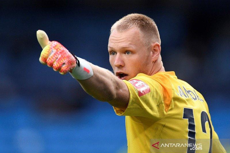 Sheffield United berniat boyong kiper Aaron Ramsdale