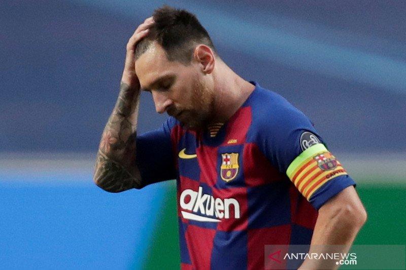 Lima catatan setelah Bayern permalukan Barcelona