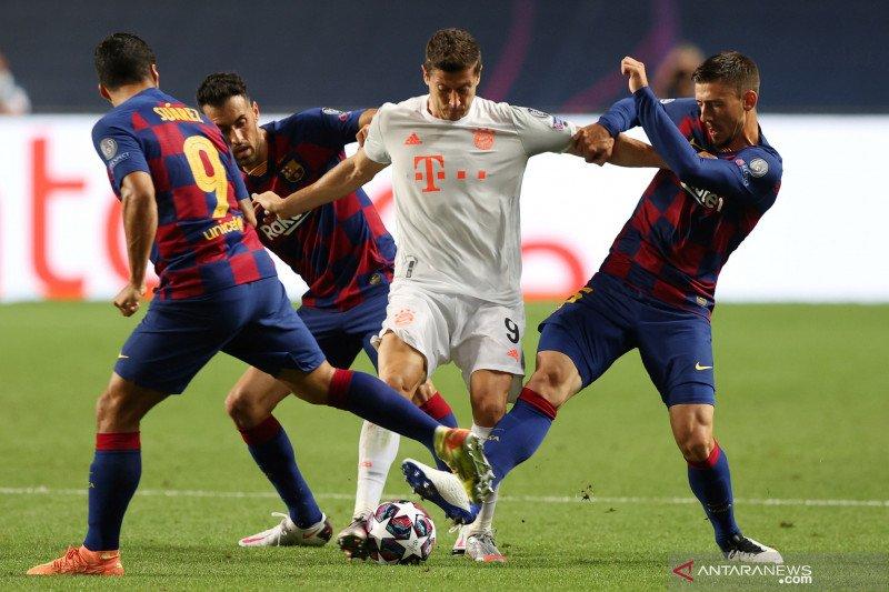 Striker Bayern Lewandowski pemain terbaik Jerman tahun ini