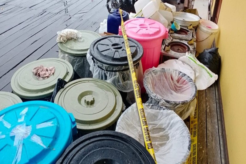 Polres Asmat tangkap pembuat miras lokal di Agats