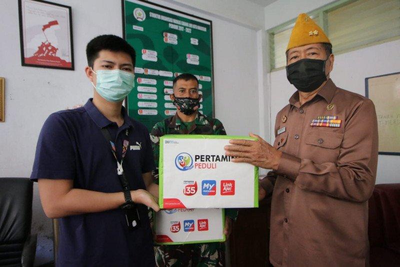 Pertamina beri bantuan paket APD dan bahan pokok kepada anggota veteran di Sulsel