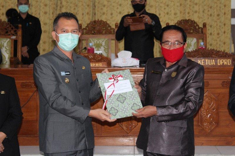 DPRD dan Pemkab Gumas setujui Raperda Perubahan APBD 2020 menjadi Perda