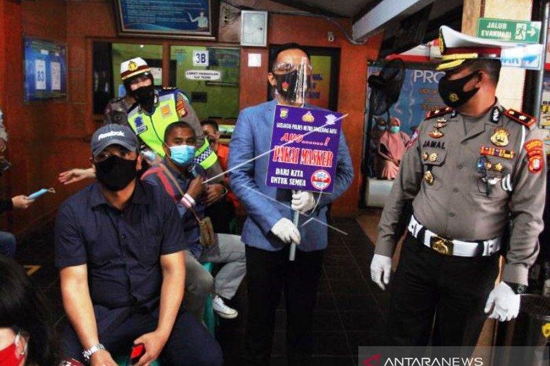 Kampanye Disiplin Menggunakan Masker