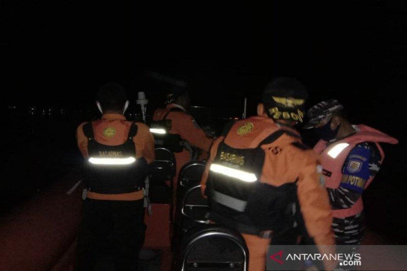 Tim SAR cari nelayan yang mengalami kecelakaan di Wakatobi