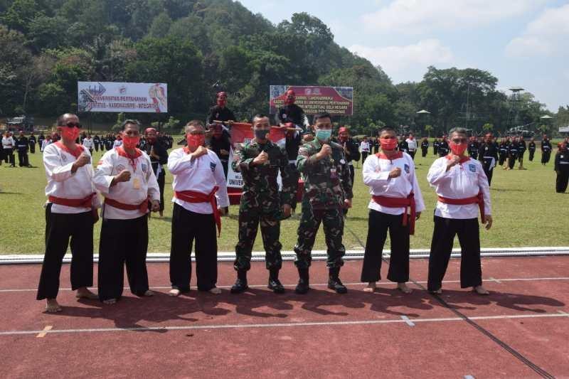 242 mahasiswa Universitas Pertahanan selesaikan Diksarmil di Akademil Militer