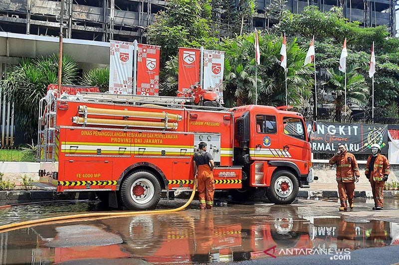Dinilai kooperatif, penyidik tak tahan 7 tersangka kebakaran Kejagung