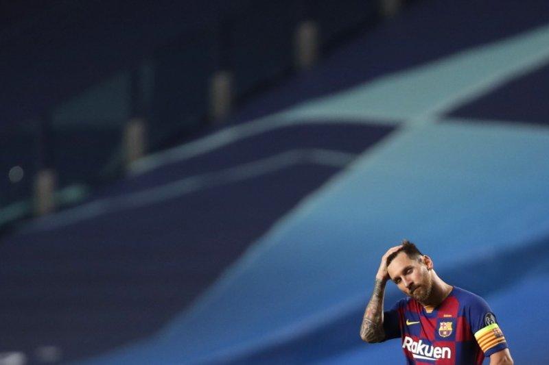 Neymar berbicara dengan Messi ajak gabung PSG