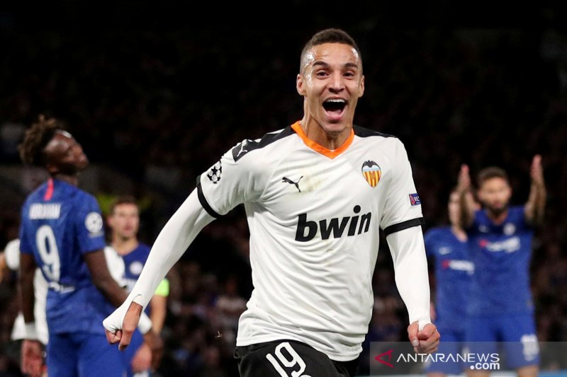 Valencia sepakat transfer Rodrigo ke Leeds United