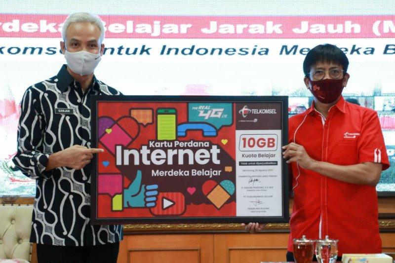 """Gubernur Jateng minta perusahaan telekomunikasi bantu tangani """"blank spot"""""""