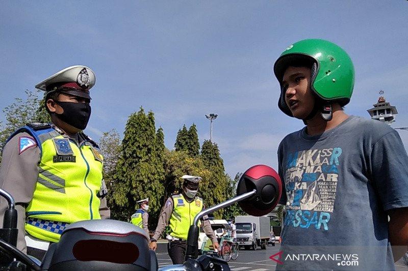 Kudus denda Rp50.000 bagi warga yang tidak pakai masker