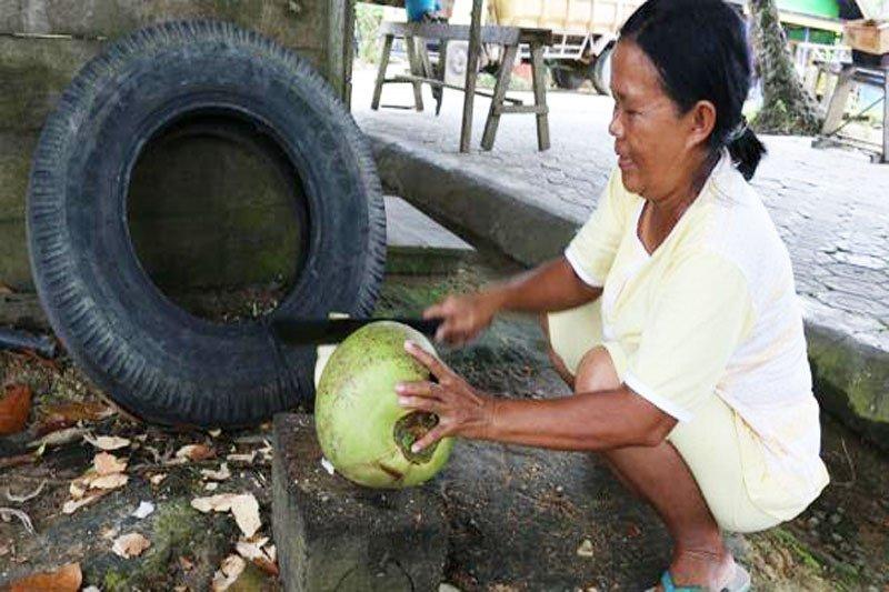 Cerita pedagang es kelapa yang tak pernah nunggak iuran JKN-KIS