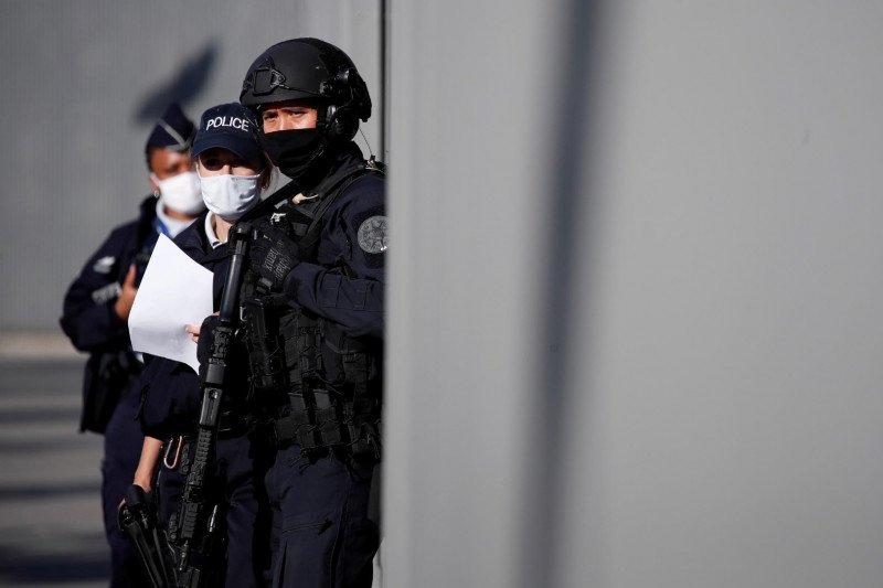 Guru di Prancis dibunuh karena menunjukkan kartun nabi