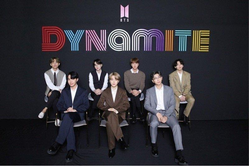 'Dynamite' jadi lagu BTS terlama yang bertahan di Billboard Hot 100