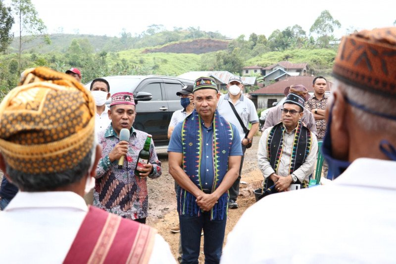Gubernur  imbau warga Manggarai Barat tak menjual tanah
