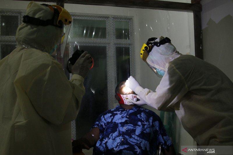 Petahana Asmat selesai jalani pemeriksaan kesehatan pilkada serentak