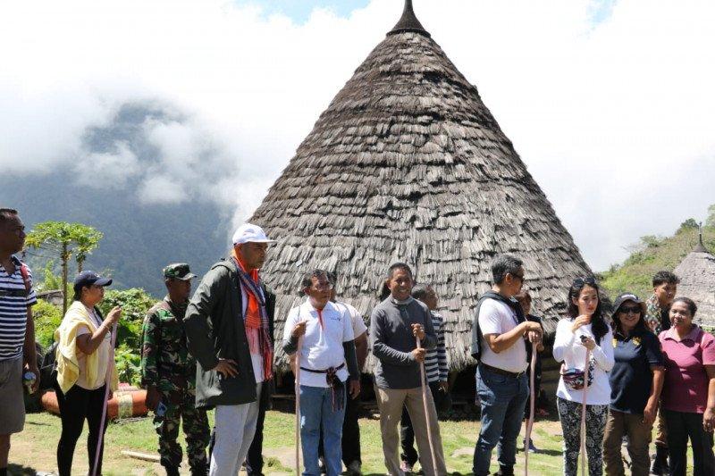 Gubernur  janji benahi infrastruktur kampung adat Wae Rebo