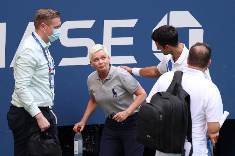 Djokovic minta penggemarnya untuk dukung hakim garis