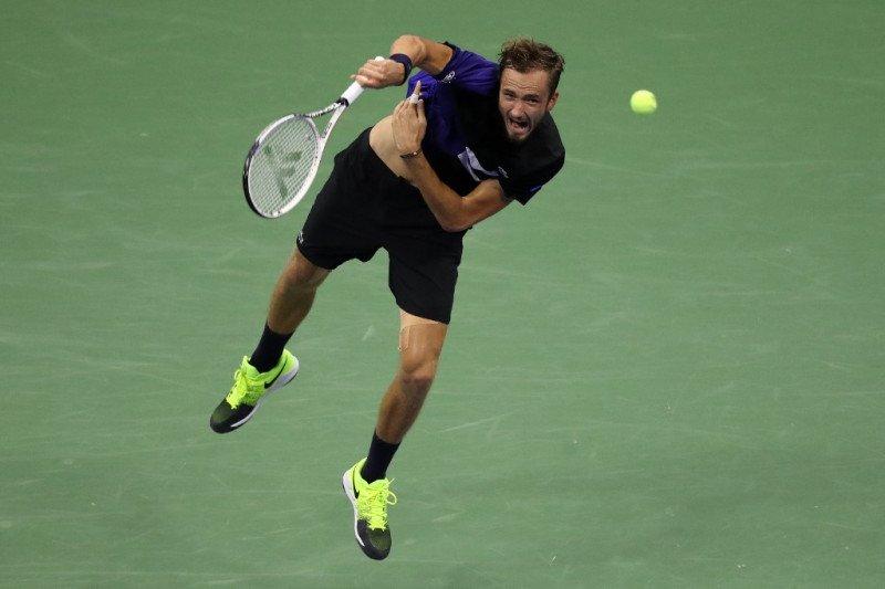 Medvedev  maju ke perempat final US Open
