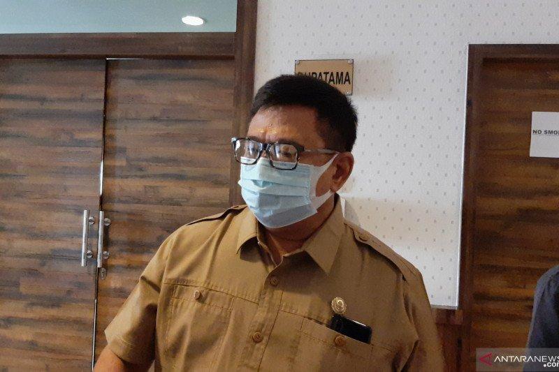 Dinas Kesehatan Kepri  minta rumah sakit  waspada karena banyak nakes positif