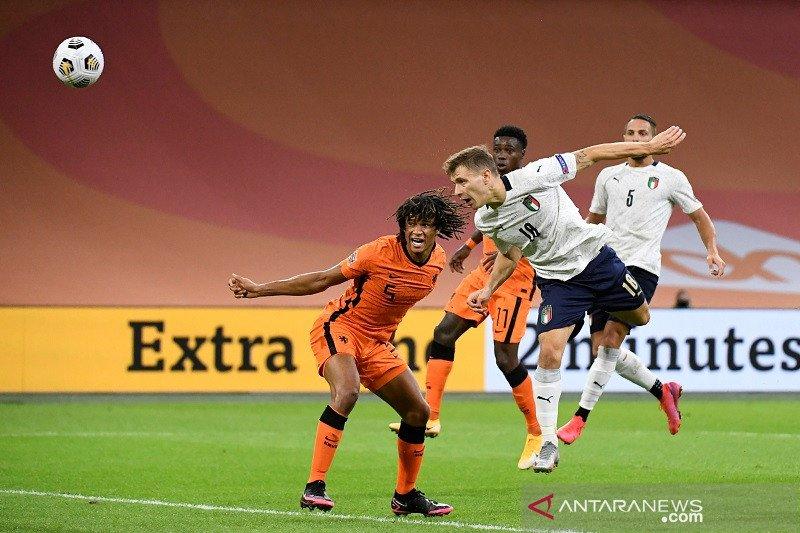 Italia tundukkan tuan rumah Belanda untuk kuasai Grup A1