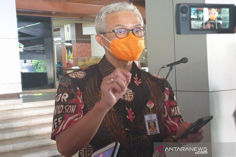 Ganjar belum berencana terapkan PSBB di Jateng antisipasi COVID-19