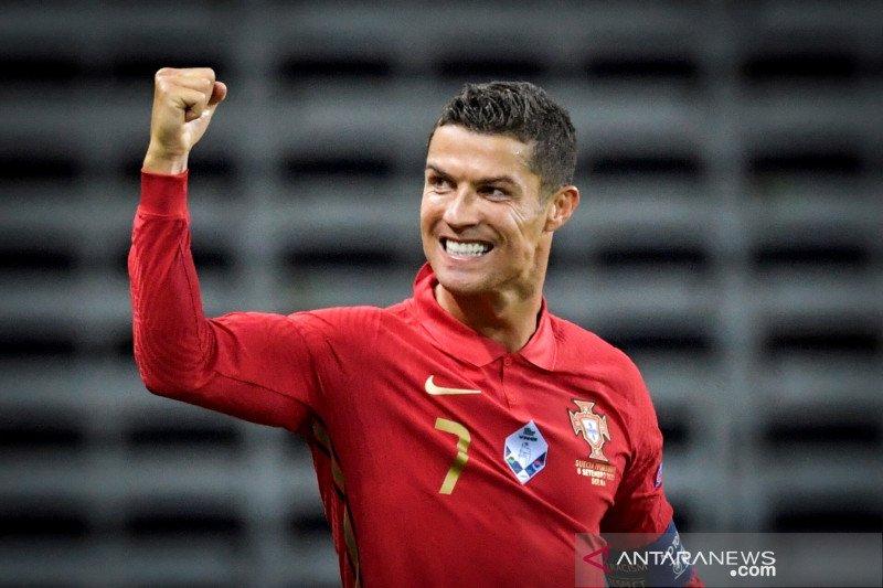 Komentar Ronaldo usai cetak 100 gol untuk Portugal