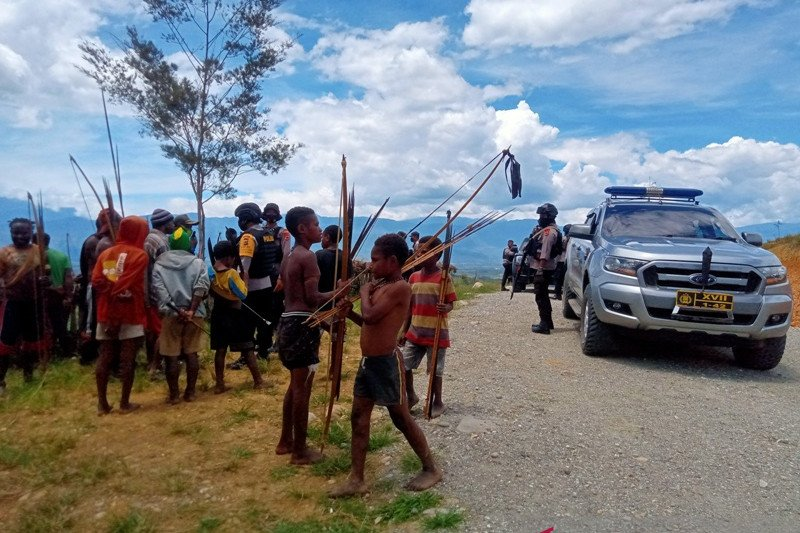 Lima orang luka terkena anak panah saat perang antarkampung Jayawijaya