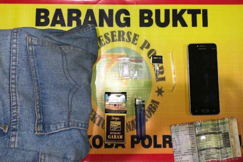 Polisi ringkus tiga pengguna sabu di Kapuas, salah satunya oknum Satpol PP
