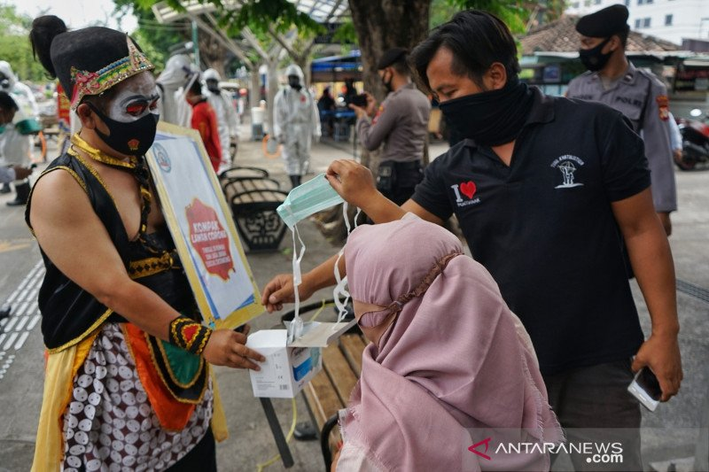 Kasus positif COVID-19 di kawasan pedagang kaki lima Malioboro Yogyakarta terus bertambah