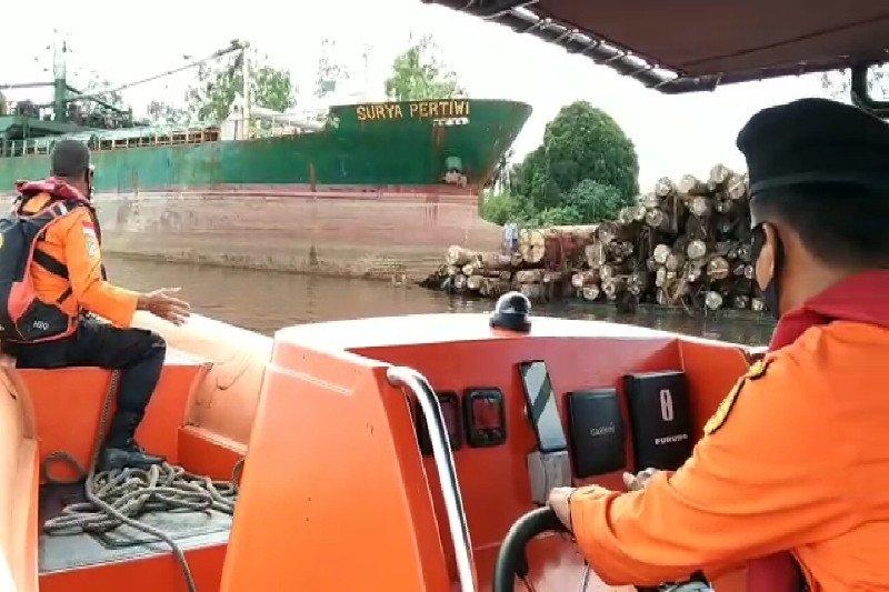 Tabrakan kapal di Sungai Mentaya, seorang nakhoda hilang