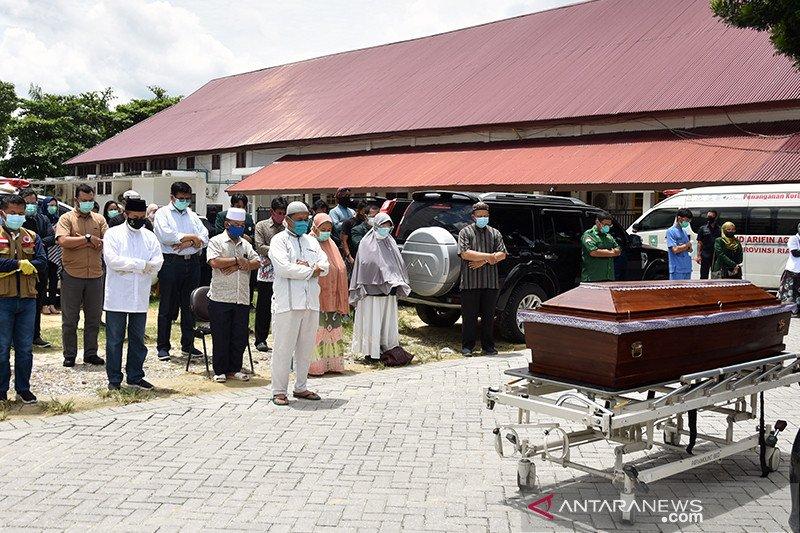 Dokter usia 29 tahun di Riau meninggal akibat COVID-19