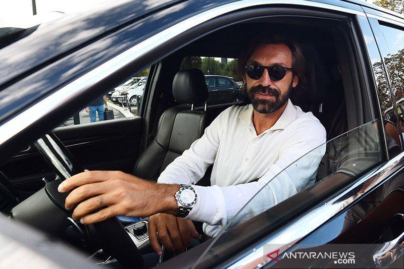 Pelatih Juventus Pirlo terpilih sebagai pelatih paling seksi di Liga Italia