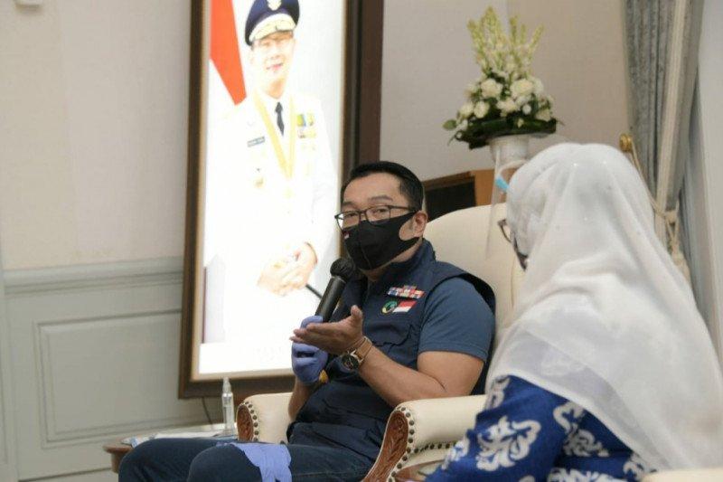 Ridwan Kamil mengaku prihatin terkait kasus penusukan terhadap Syekh Ali Jaber