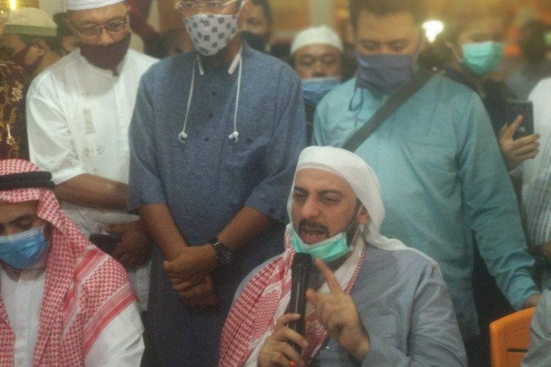 Syekh Ali Jaber minta umat Islam tidak terprovokasi dan  jaga ketenangan