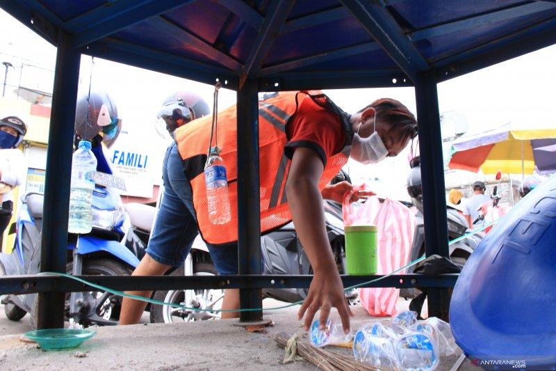 Satgas COVID-19 sanksi ratusan warga yang terjaring razia protokol kesehatan