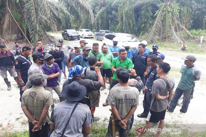 PT AGU alami kerugian miliaran rupiah akibat pencurian  TBS sawit