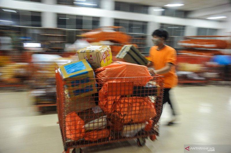 Kehilangan hak eksklusif, PT Pos Indonesia gugat UU Pos ke MK