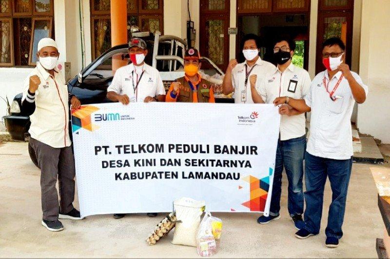 Pemkab Lamandau terima bantuan Telkom untuk korban banjir