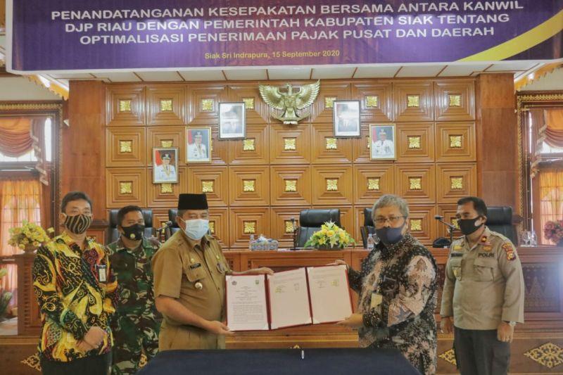 Tingkatkan pendapatan, Pemkab Siak MoU dengan Kanwil DJP Riau