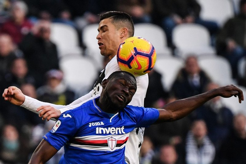 Liverpool ingin kontrak bek Sampdoria Omar Colley