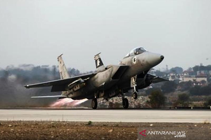 Pesawat Israel lakukan serangan di Gaza