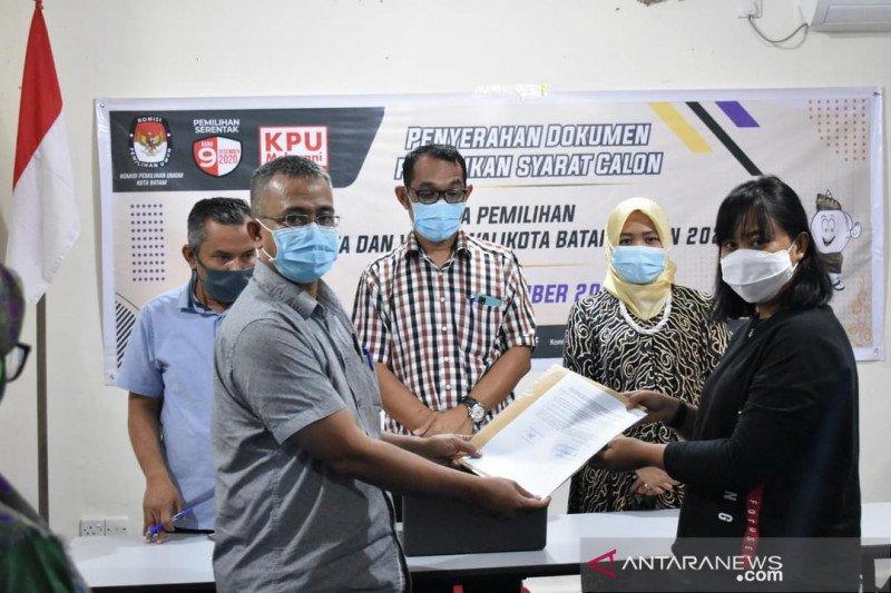 Tim Lukita-Basyid serahkan perbaikan syarat pencalonan pilkada