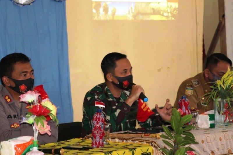 Dandim Merauke sosialisasikan cegah COVID-19 dan Karhutla distrik Tanah Miring
