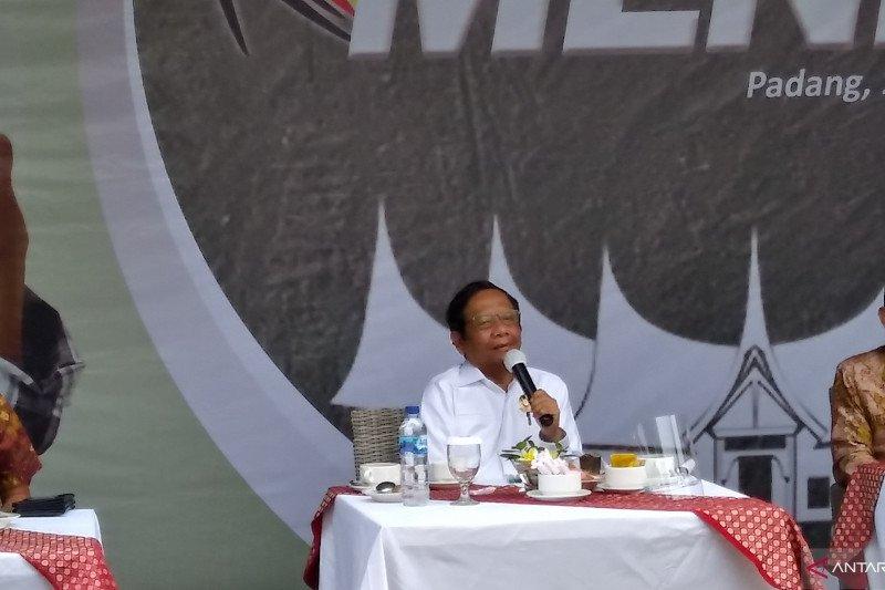 Mahfud MD : Kepala daerah dibiayai cukong berpotensi korupsi kebijakan, lebih berbahaya bahkan dari COVID-19