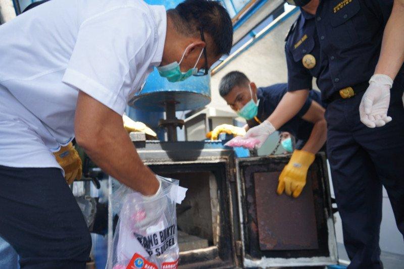 BNN Sulawesi Selatan musnahkan ribuan pil ekstasi