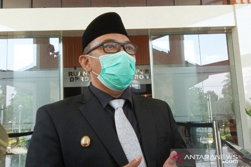 Pemkot Bogor mundurkan jam malam, kabupaten tetap pukul 19.00 WIB