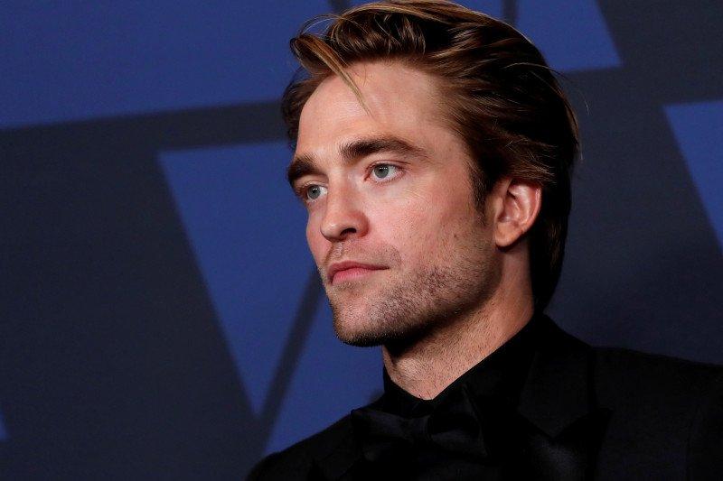 Syuting Film Batman dilanjutkan setelah aktor Robert Pattinson positif COVID-19