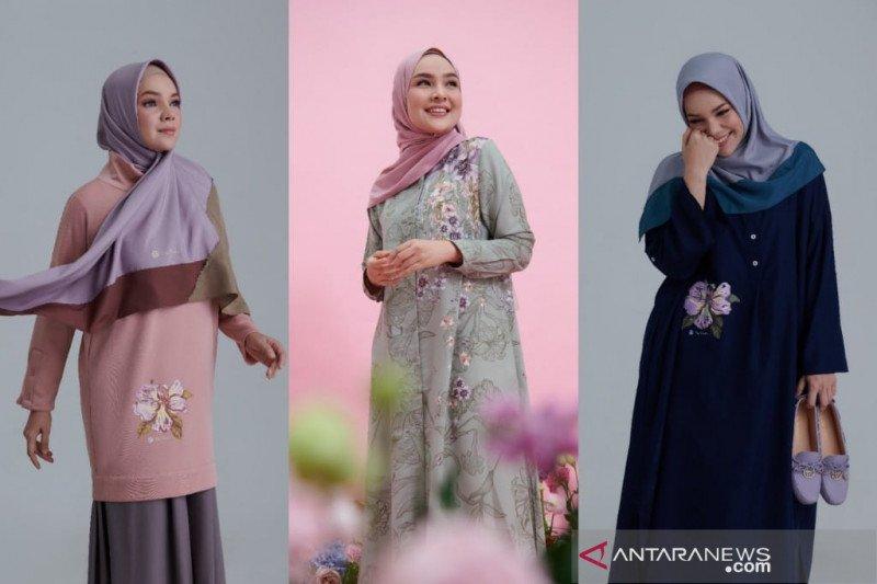 Ria Miranda gandeng Dewi Sandra luncurkan koleksi 'Elea'